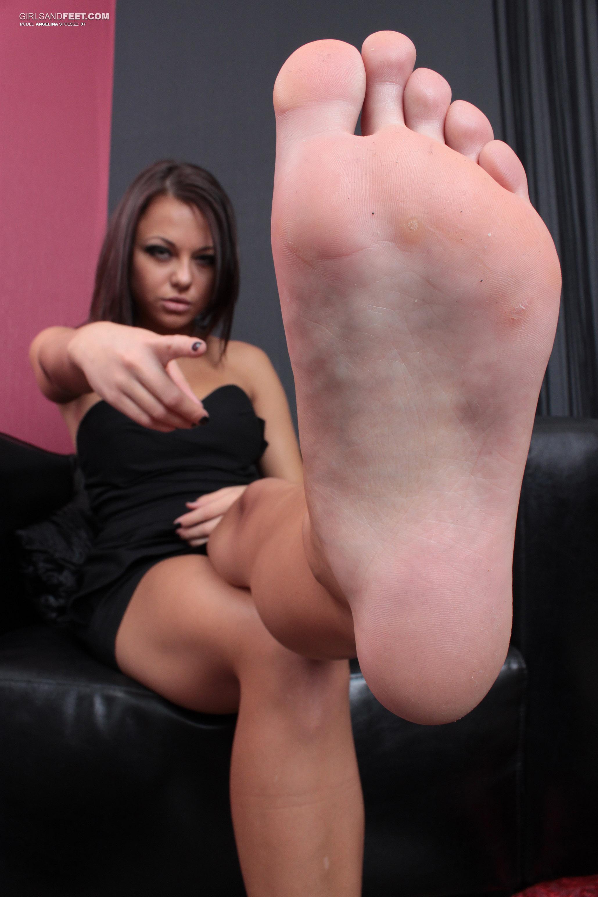 Girls foot videos